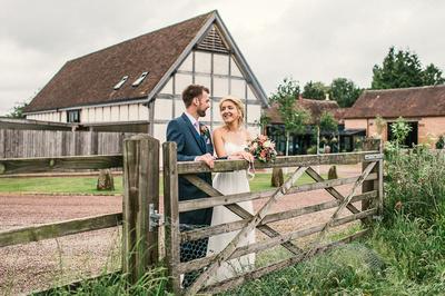 redhouse barns wedding photography